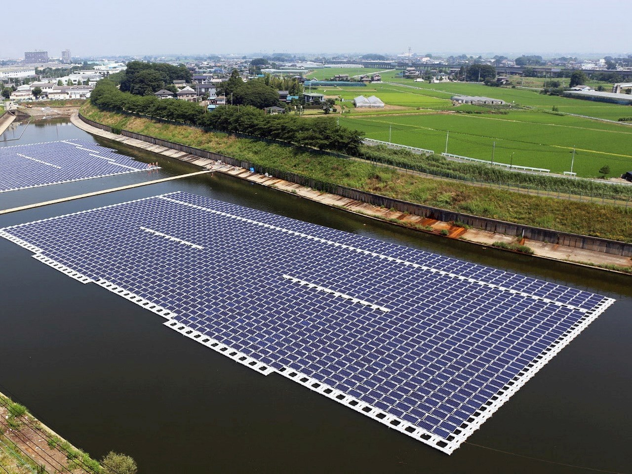 1.2 megawatt peak Hydrelio floating system in Okegawa, Japan