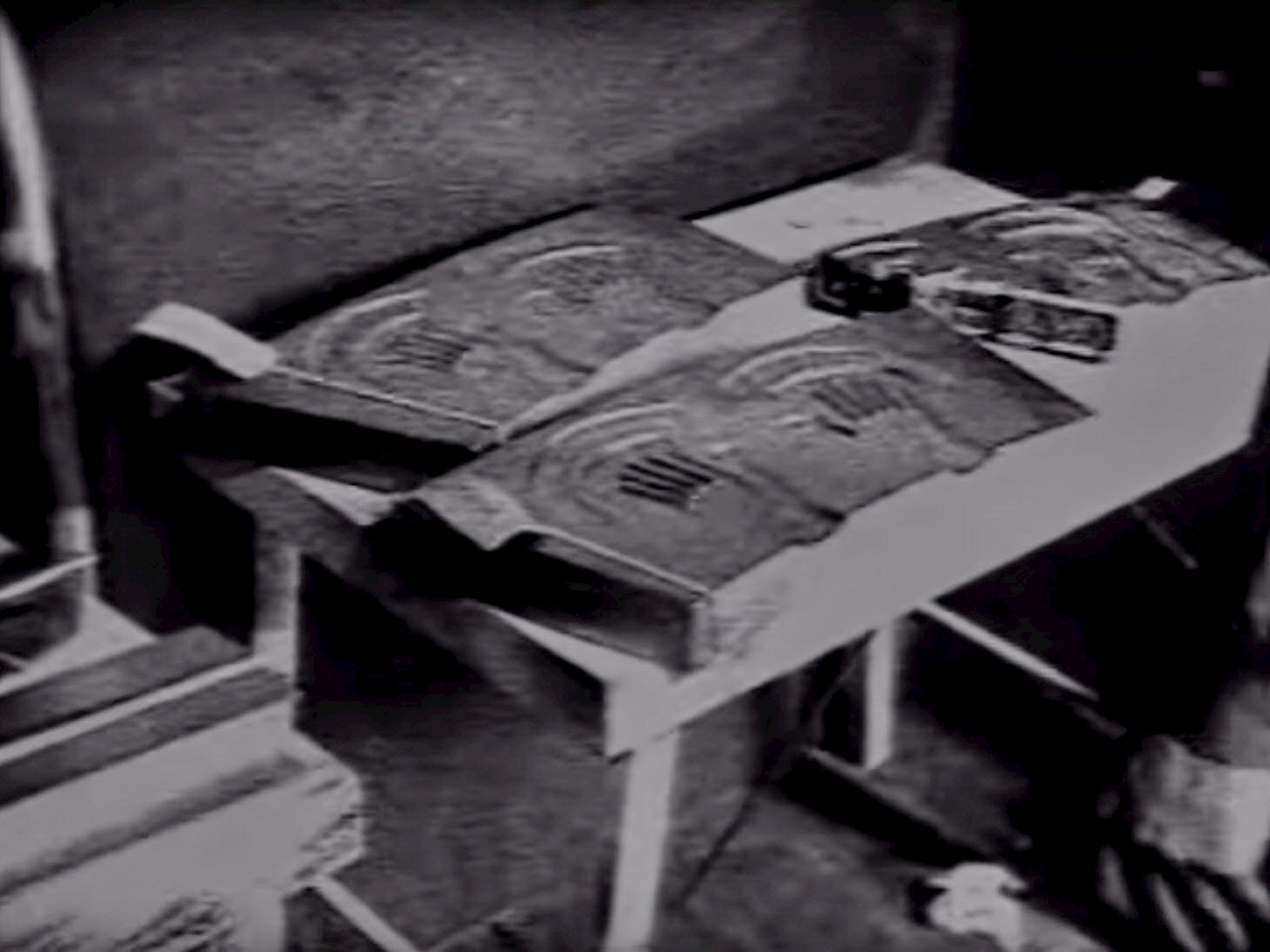 Taken from The Original Alien Autopsy footage