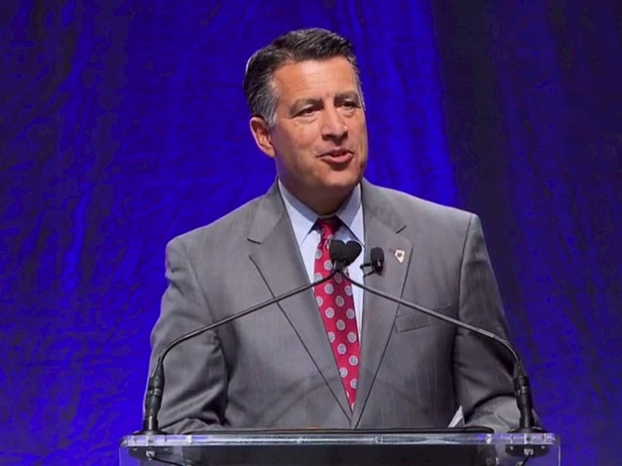 Nevada's Governor Brian Sandoval leading the NGA meeting