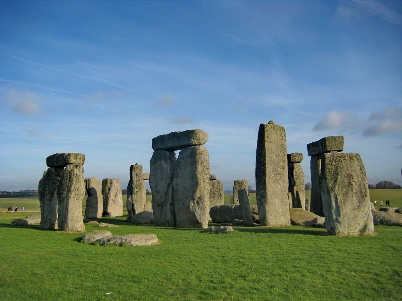 Stonehenge from a similar angle