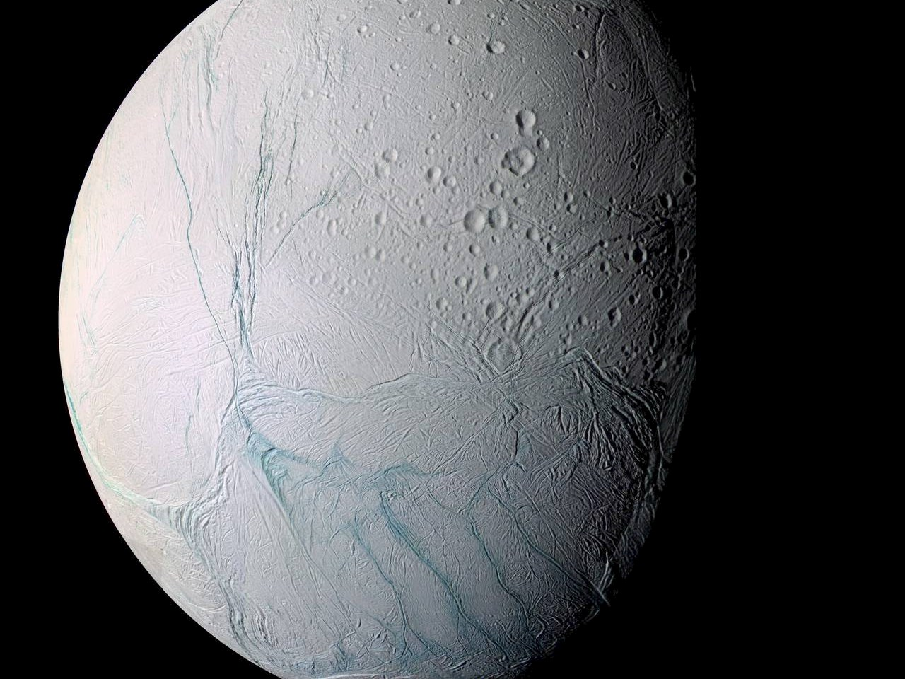 Enhanced-color Cassini view of southern latitudes on Enceladus