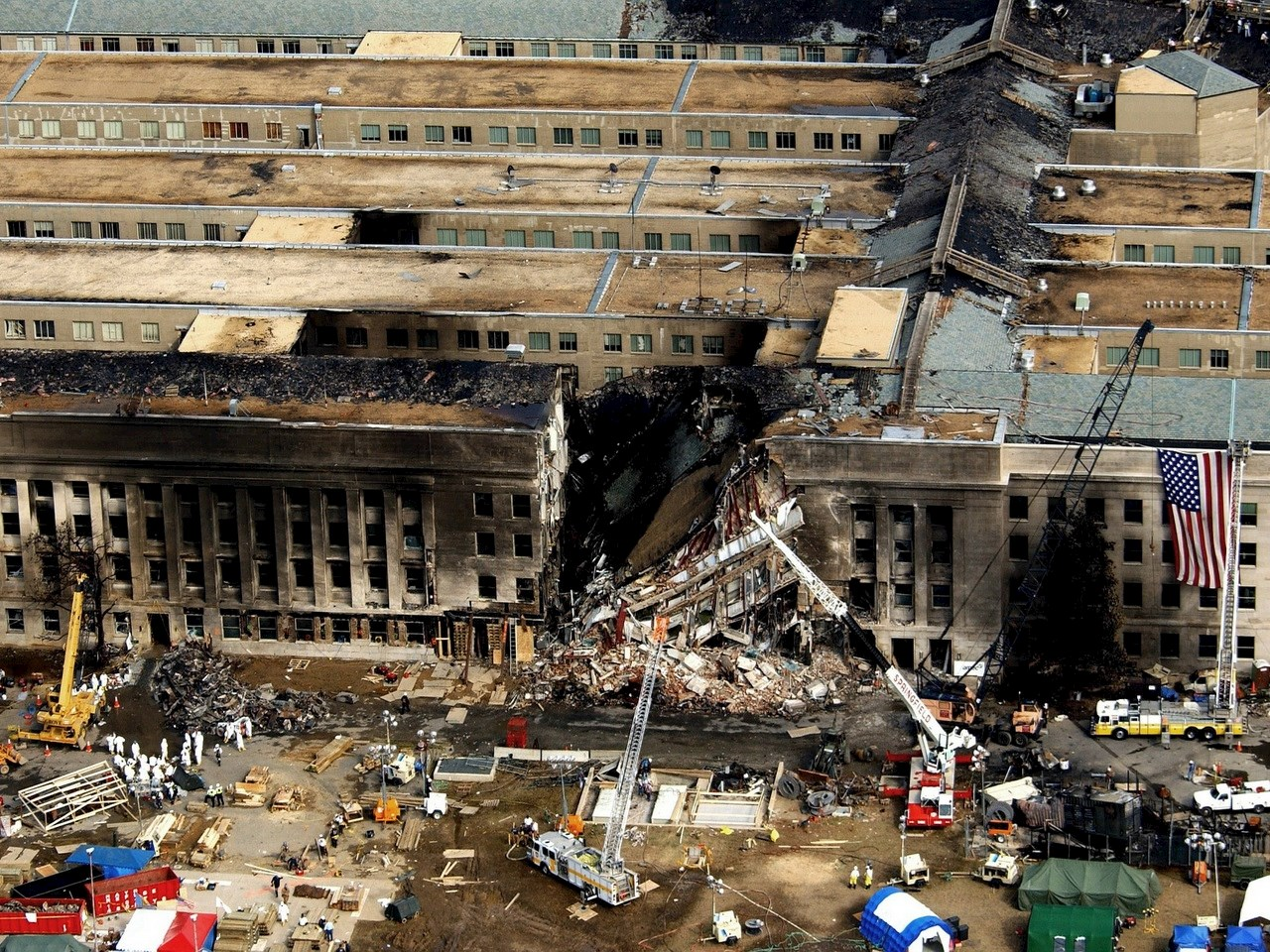 The Pentagon alleged hit by an airplane