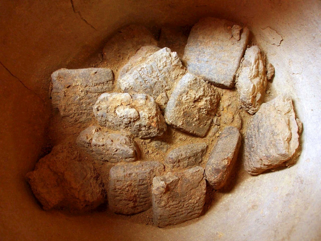 3,250 year old cuneiform tablets