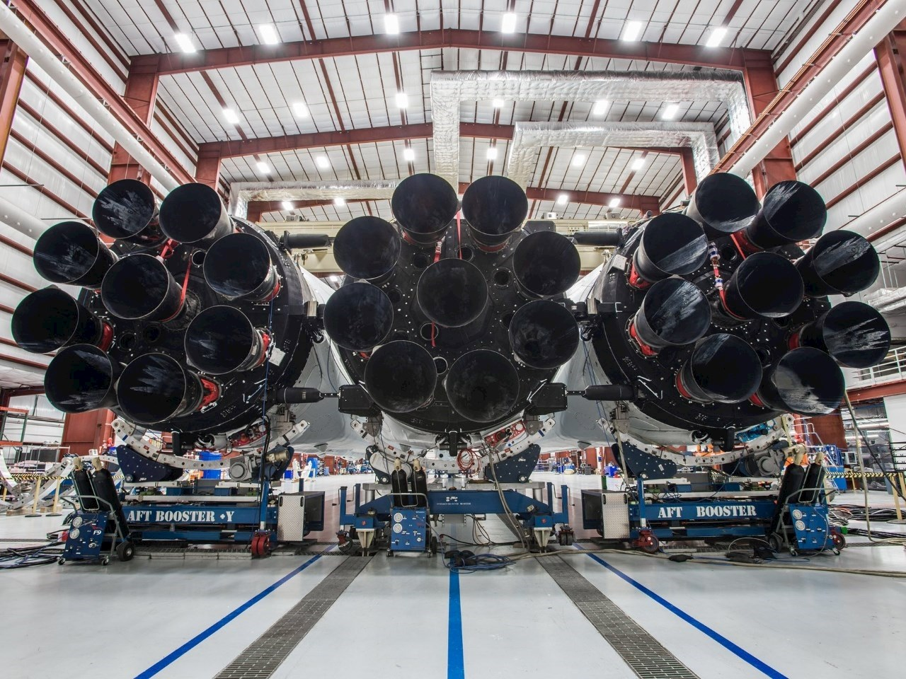 The 27 engines of SpaceX's Falcon Heavy rocket
